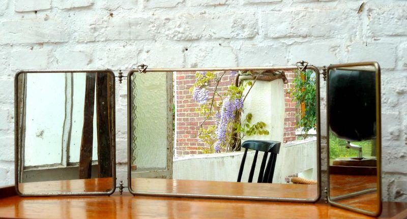 miroir oh mon miroir de barbier hemoon maison d coration. Black Bedroom Furniture Sets. Home Design Ideas