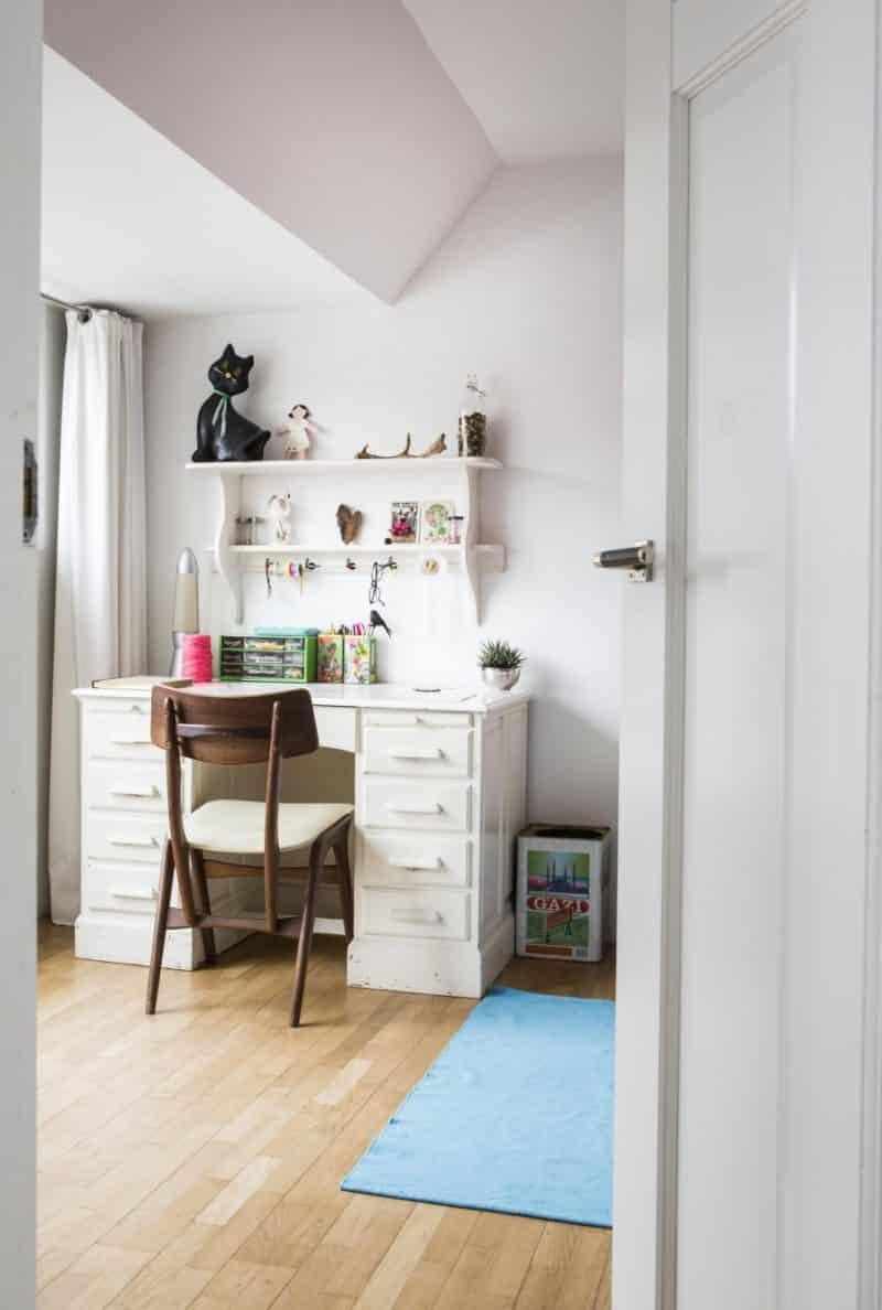 14-wit-bureau-meisjeskamer