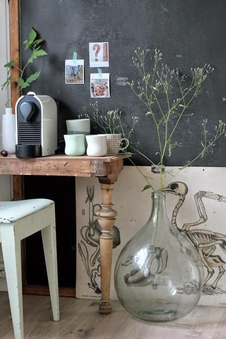 l objet d co la dame jeanne hemoon maison d coration. Black Bedroom Furniture Sets. Home Design Ideas