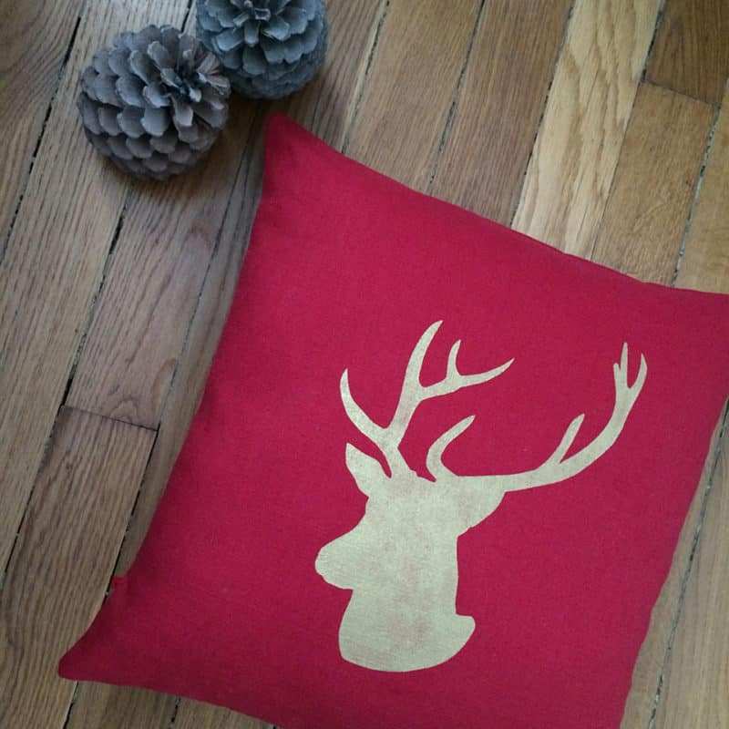 adf-coussin-cerf-or-lin-rouge-1