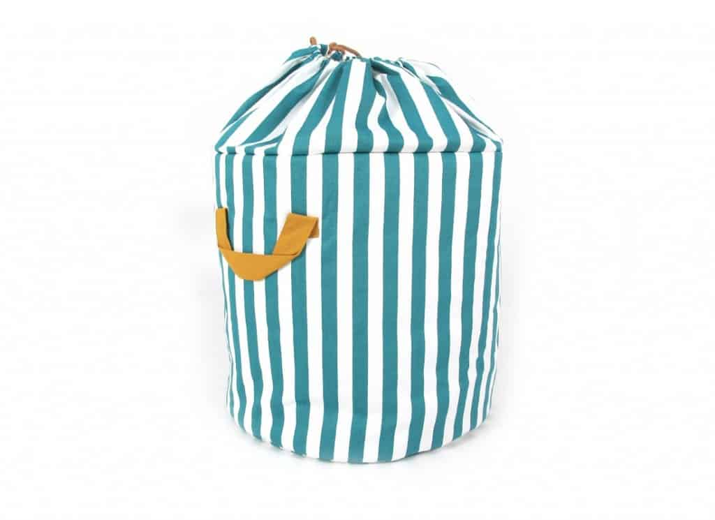 baobab-toybag-guardajuguetes-rangement-small-green-stripes-nobodinoz-1_1