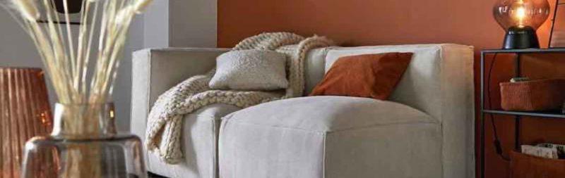 Canapé modulable en velours, la pièce à avoir dans la décoration intérieure