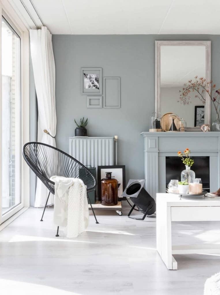 1-blauwgroene-woonkamer-haard