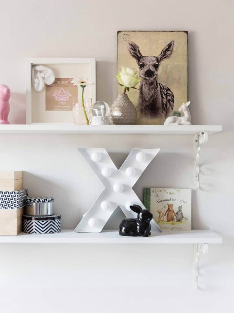 11-decoratie-wandplank-kinderkamer