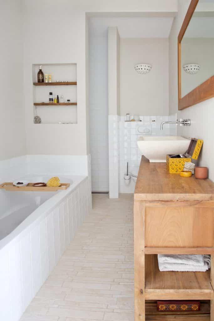 16-witte-badkamer-hout