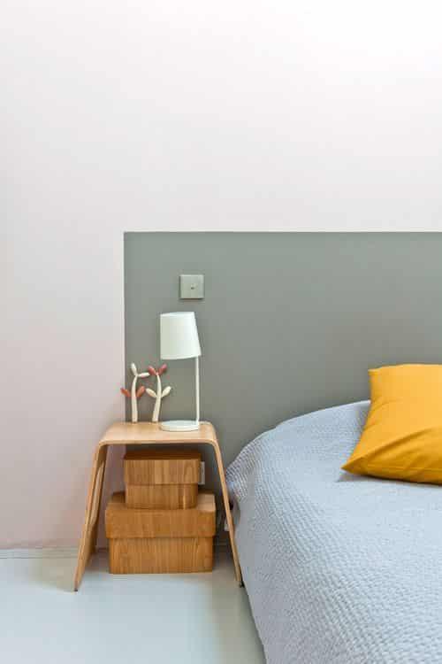 Mur de Tête de lit peint en kaki