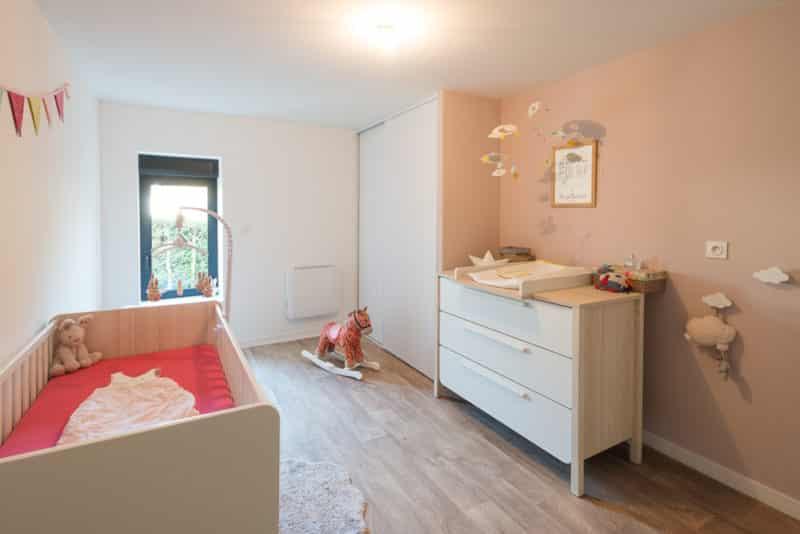 Rénovation d'une maison la chambre de bébé