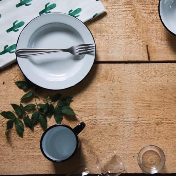 Assiette émail - MADAME par NORDAL - Vaisselle et Arts de la table
