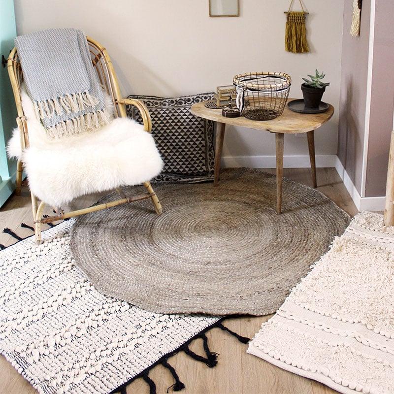 tapis naturel rond id es d 39 images la maison. Black Bedroom Furniture Sets. Home Design Ideas