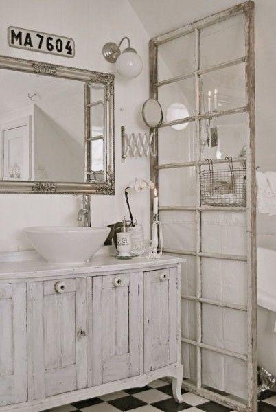 ancienne vitre utilisée en paroi de douche