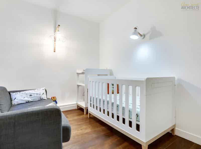 Eline sango architecture une chambre bébé double usage