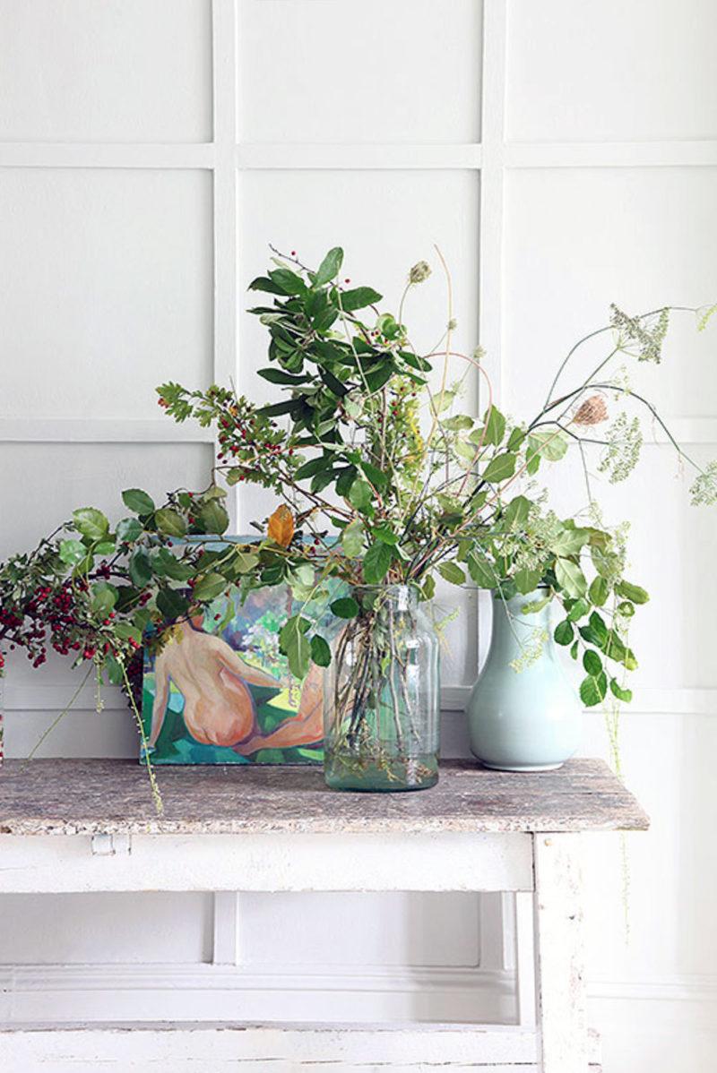 Accumulation de plantes dans la décoration intérieure