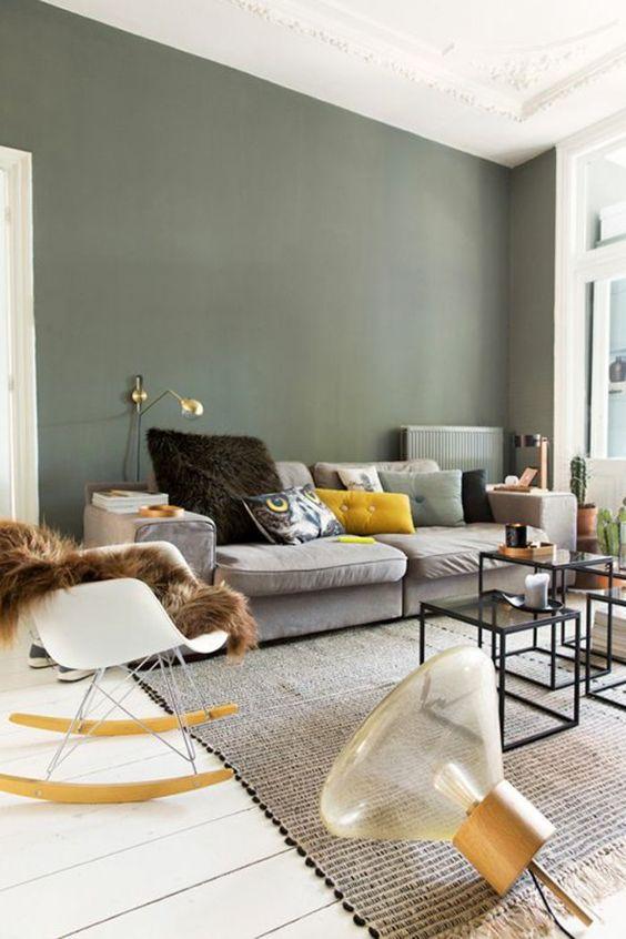 Un Salon cosy et cocooning en kaki et blanc