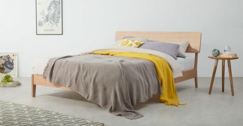 Lit Noka, bois, design, soldes, Made.com