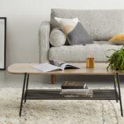 Table basse style rétro plateau en bois et piètement en métal noir