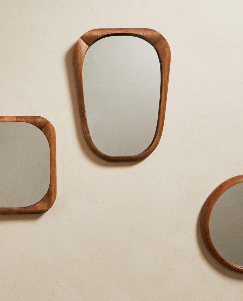 Ensemble de miroirs en bois Zara Home, touche ethnique pour ambiance maison californienne