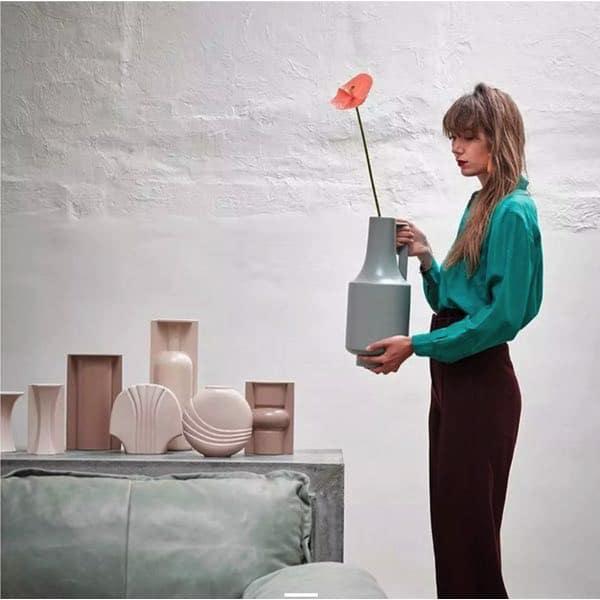 Vase coquillage beige nude HK Living, pour adopter la tendance de la couleur nude en déco